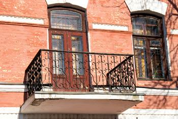 Старый, неутепленный балкон